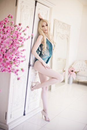Lolina independent escorts