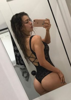 Kiana incall escorts and sex dating